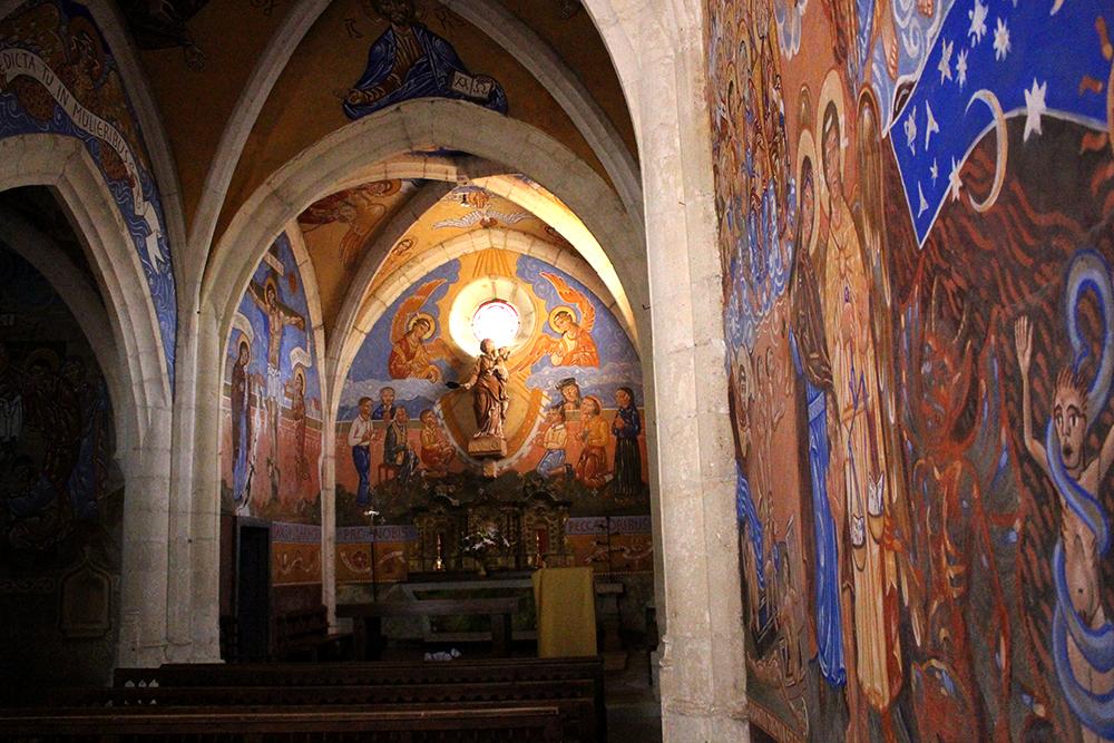 Eglise décorée par Nicolas Greschny