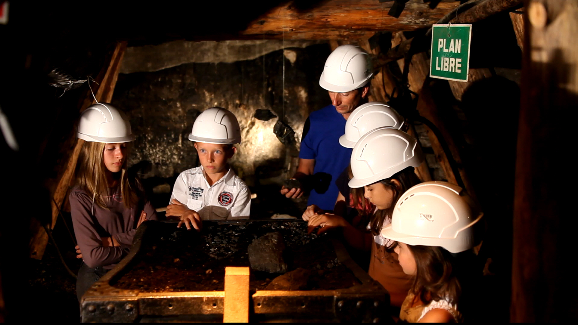 Visite de la galerie au Musée-mine départemental